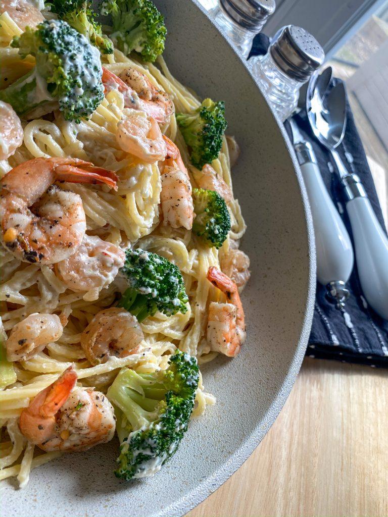 Creamy Shrimp & Broccoli Alfredo Pasta