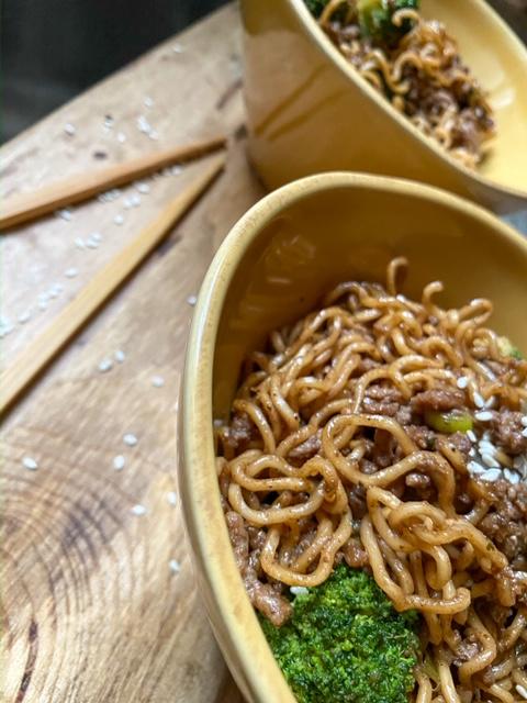 Easy Beef & Broccoli Ramen (Stir-Fry) in Bowls on Wooden Plank