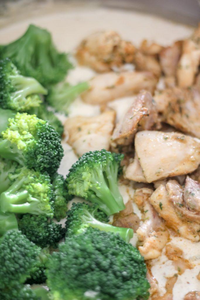 Chicken and Broccoli w/ Alfredo Sauce