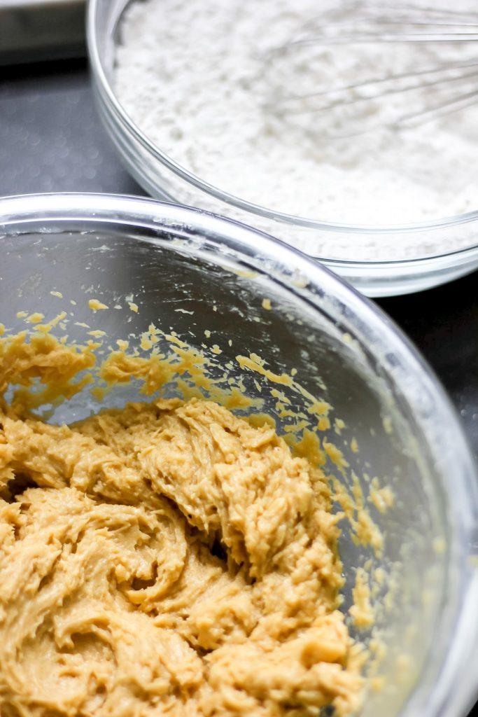 Cookies and Cream Cookies - Wet & Dry Ingredients