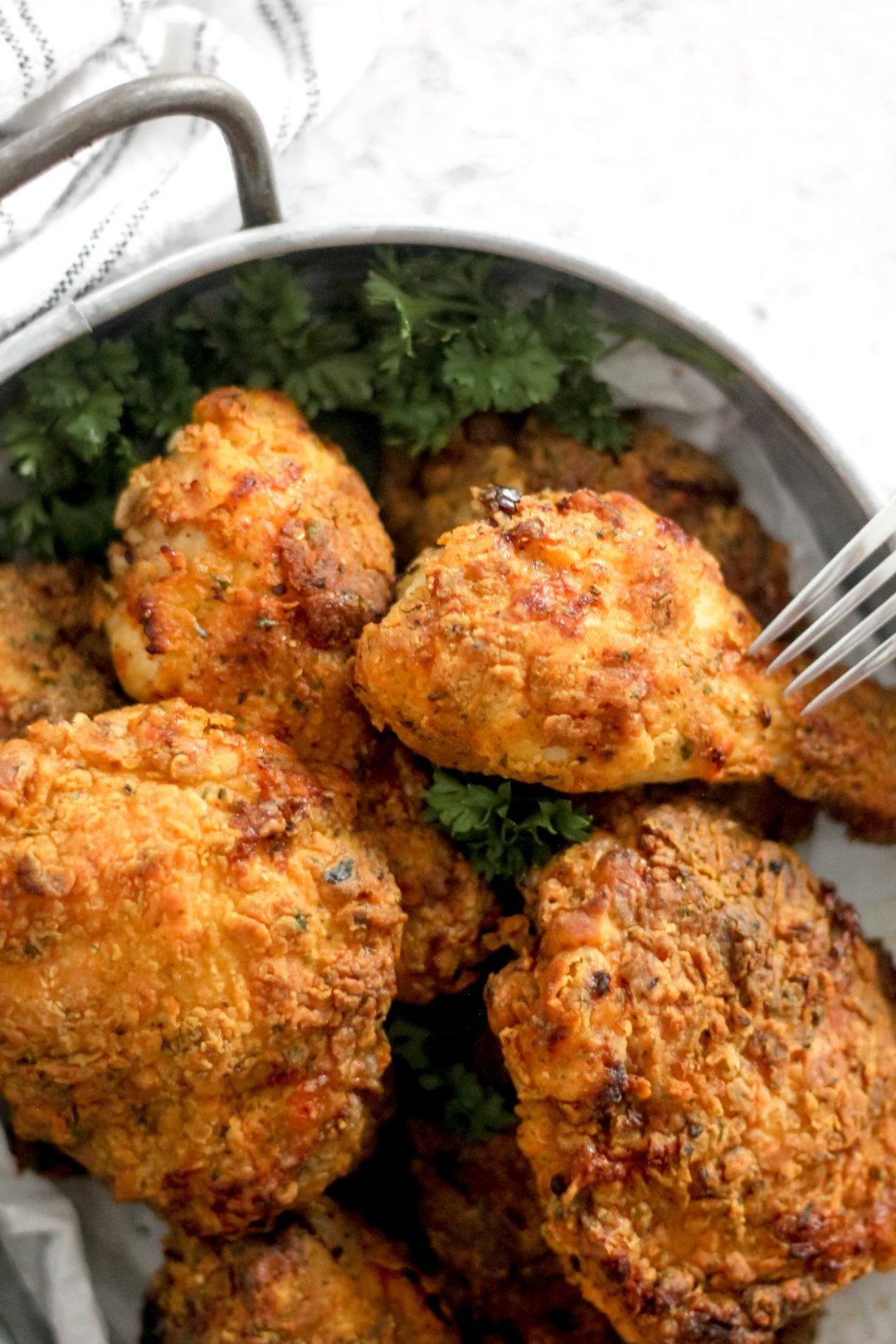 Crispy Air Fryer Fried Chicken Legs & Thighs in Silver Tray_Featured Image