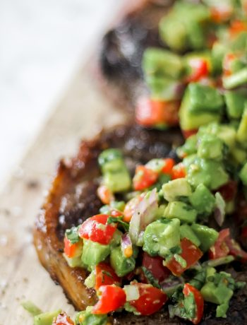 Steak with Chunky Tomato Avocado Salsa_Featured Image