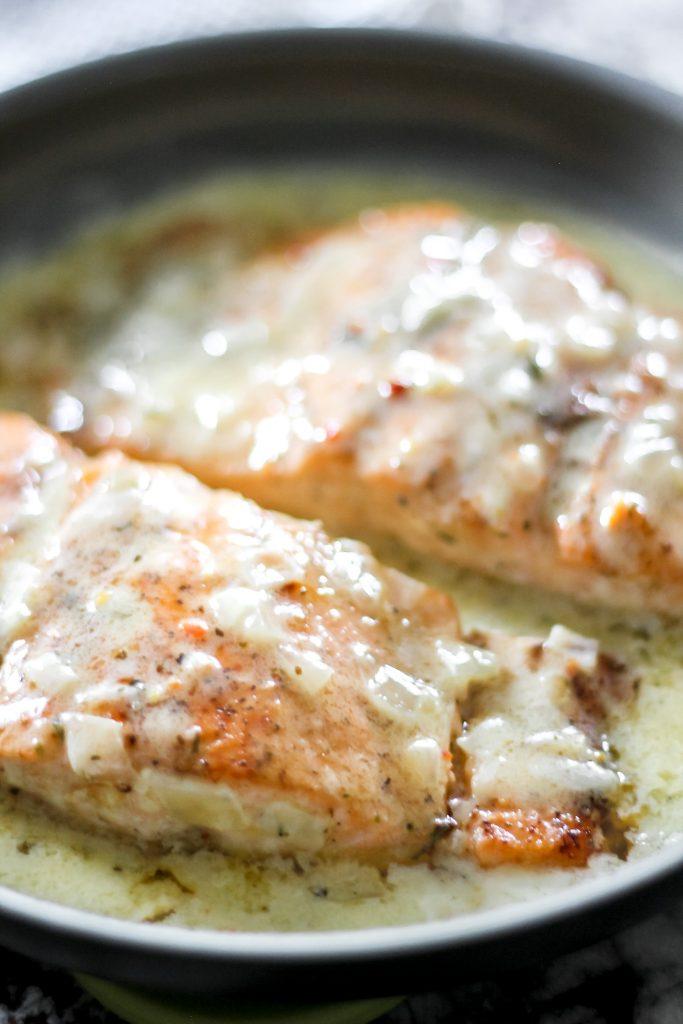 Easy Creamy Lemon Butter Salmon